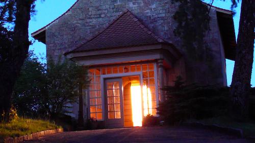 La porte de l'Eglise de Bretonnières